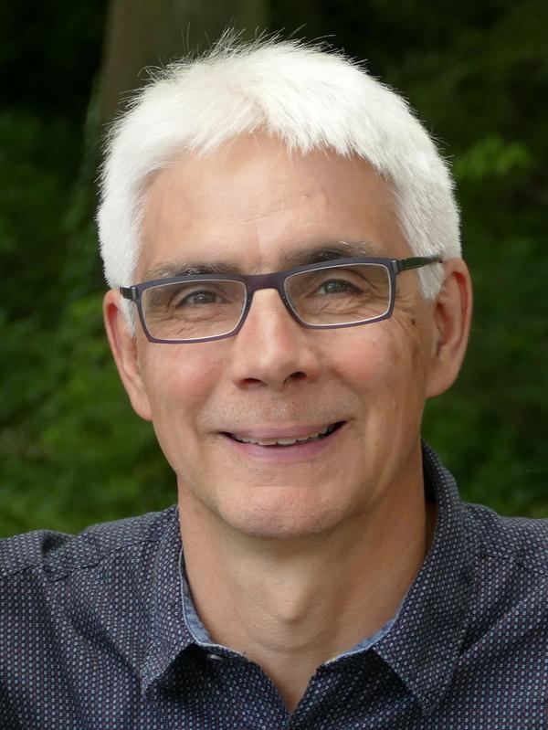 Portrait: Hahn, Ralf, Prof. Dr.